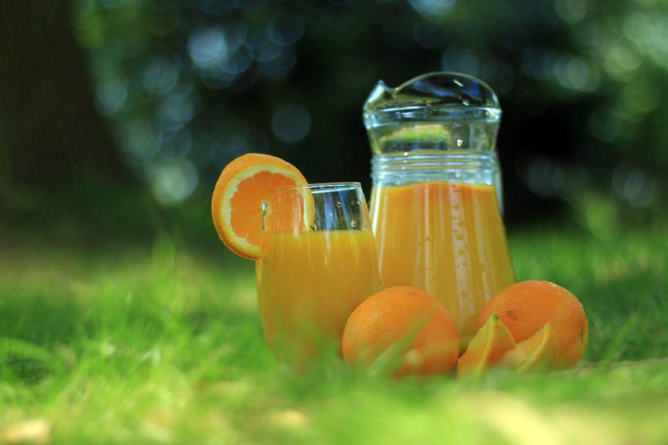 批发商如何打造和发展自有品牌形象—橙汁